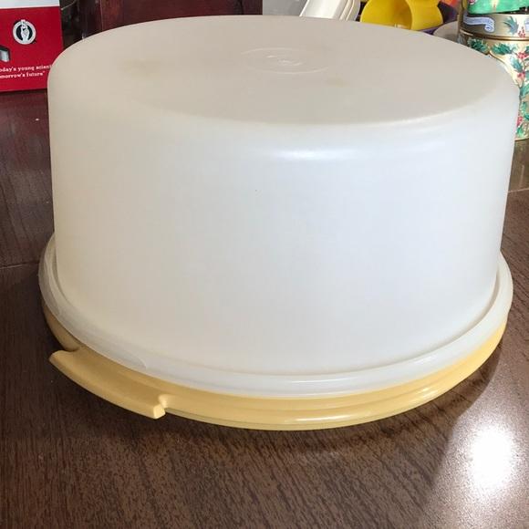 Tupperware Other - Tupperware cake keeper
